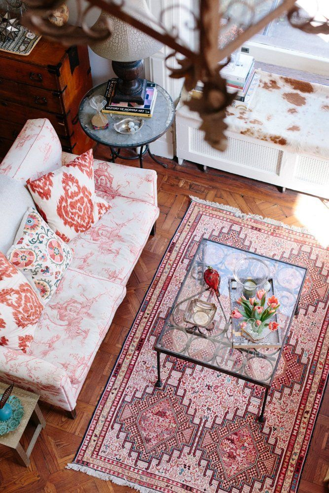 House Tour: A Vivacious Brooklyn Heights Studio | Apartment Therapy