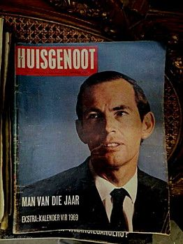 A young Dr. Chris Barnard takes pride of place on the front page of SA's favourite Afrikaans magazine. The year: 1969 and Die Huisgenoot only cost 15c.