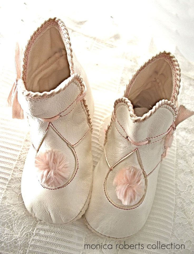 never worn antique baby boots ... c. 1915