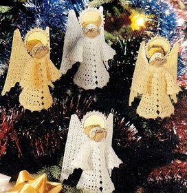 Angioletti  da utilizzare come decorazioni per l'albero, ma anche da preparare come doni per i più piccini. Piccoli amici per allietare i...