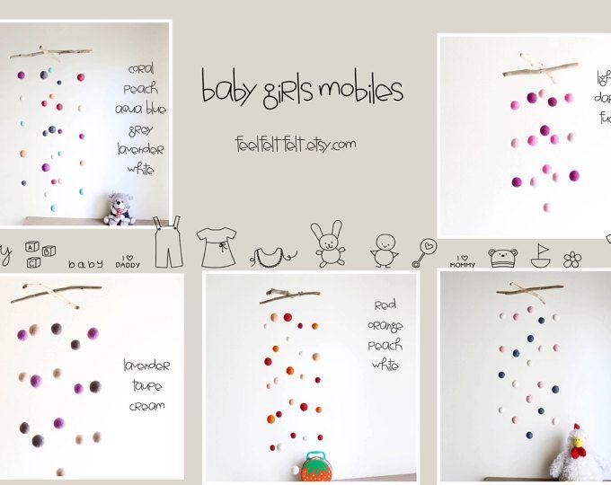 Eine einzigartige und fröhliche Baby Dusche Geschenk, perfekt für Ihr Baby-Zimmer oder Familienzimmer, hängen Sie es über Babys Bettchen oder Wickeltisch ihn/Sie beschäftigt zu halten und eine Vision des Babys anregen  Es besteht aus 21 bunte Hand Filz-wolle-Kugeln in verschiedenen Größen (von 2,5 cm bis 3 cm oder 1 bis 1,2)  Diese hängen an einer Angelschnur, gebunden an 2 natürliche Treibholz-Zweige, die 26 cm oder 10.2 messen  Das Mobile hängt unten an die Treibholz Stücke 56 cm oder…