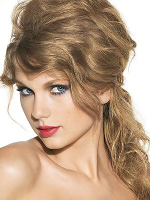 Hair and Makeup tips from Taylor Swift