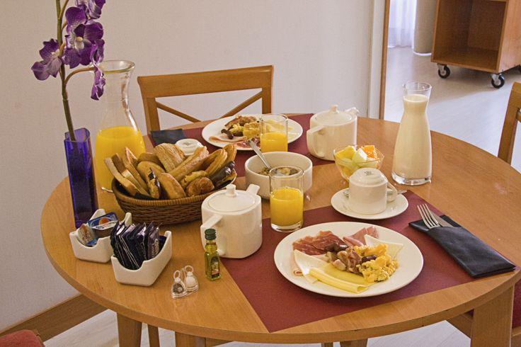 Desayunos/comidas/cenas en los apartamentos.