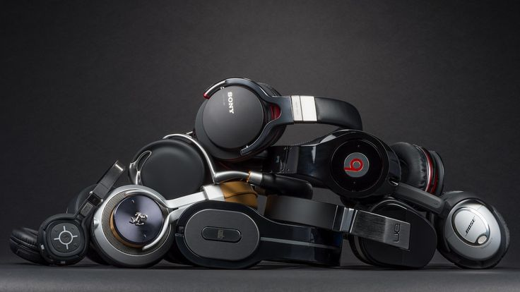 Dear Lifehacker, I work in a noisy office, and would love some noise cancelling headphones. What's the difference between noise cancelling and noise isolation? How do I choose the best ones for me? Should I just buy a pair of Bose QuietComforts, or are there specific ones you'd recommend?