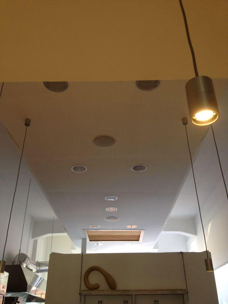 luci led DGA - altoparlanti JBL Pro Il Gandulin - Bottega con Cucina Belgioioso (PV)