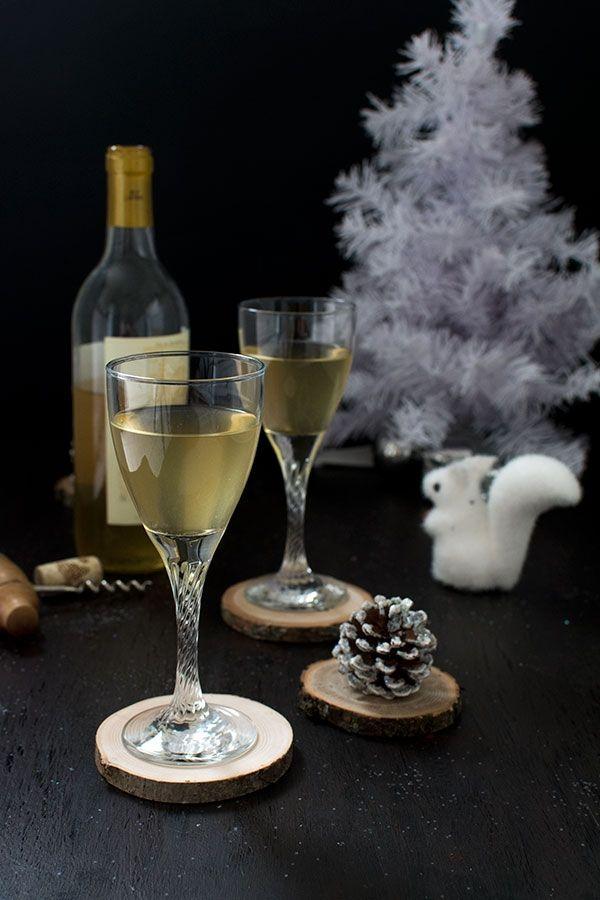 Recette de Noël : vin blanc glacé à la sauge, menthe et miel (idée cadeau)