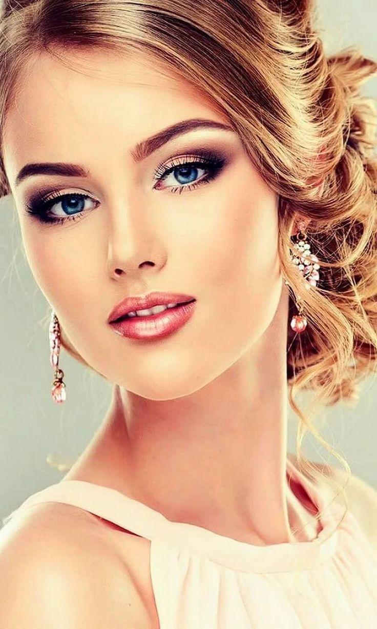 Красивые девушки с макияжем фото