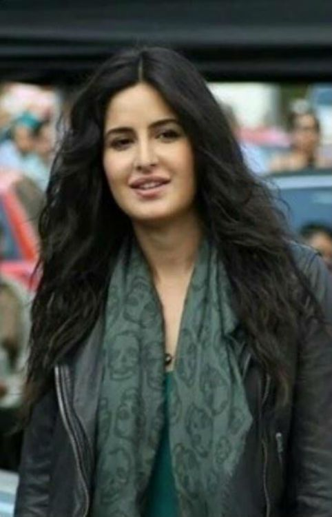 Katrina Kaif and Saif Ali Khan spotted in London while shooting for Phantom.