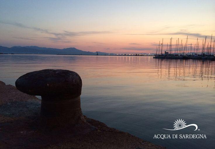 I meravigliosi colori di un tramonto sul mare di Cagliari...