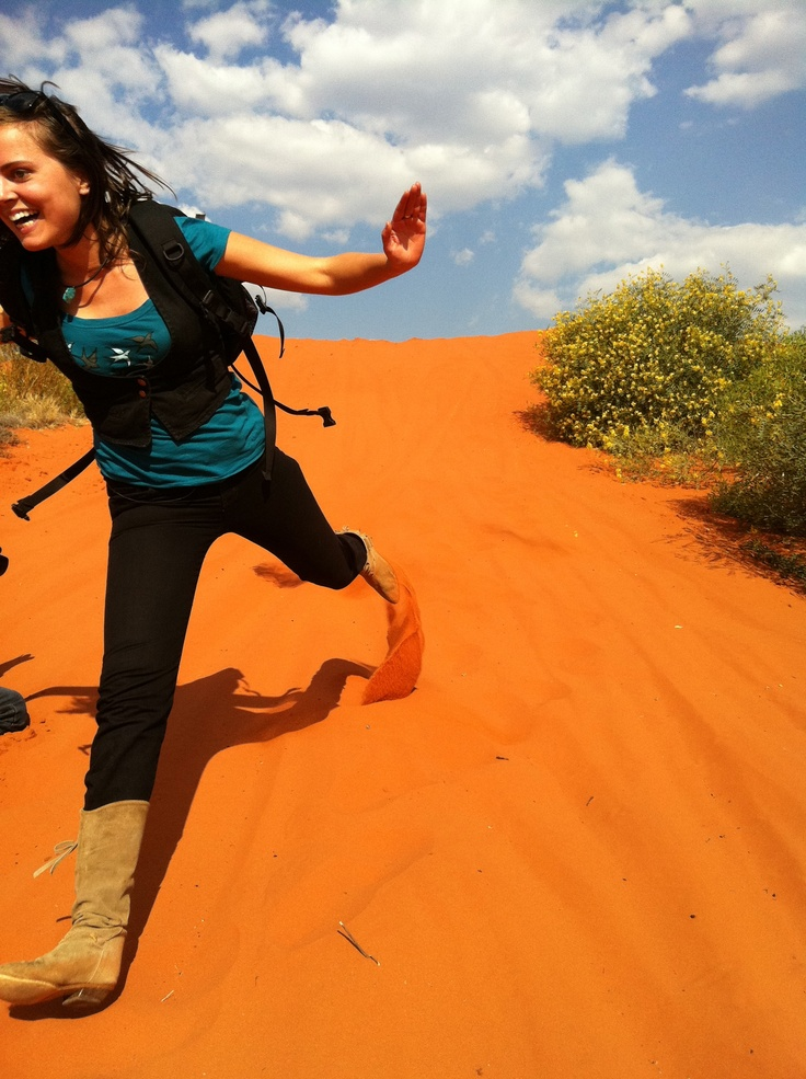 Alice Springs sandhill sprinting, Northern Territory, Australia