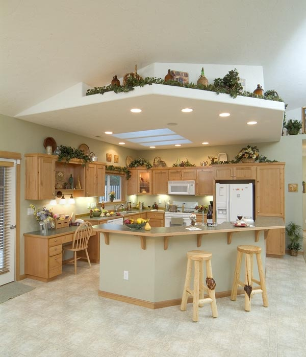 Plants For Kitchen To Decorate It: 17 Best Images About Plant Shelf Decorating On Pinterest