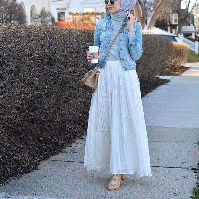 Loving the denim jacket. #Hijab fashion