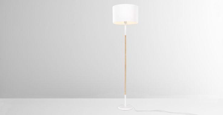 MADE Essentials Kyle Stehlampe, Weiß - MADE.COM Jetzt bestellen unter: https://moebel.ladendirekt.de/lampen/stehlampen/standleuchten/?uid=d20919aa-781a-5495-b5fc-6bafeed5845d&utm_source=pinterest&utm_medium=pin&utm_campaign=boards #stehlampen #leuchten #lampen