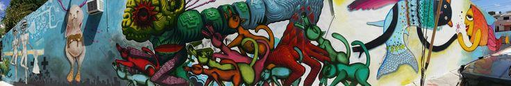"""La Calle de la Fascinación... obra de los artistas plásticos Marisol D'Estrabeau, León Alba, Rubén Carrasco, Jason Botkin, Labrona y Carlos Generoso... 7 integrantes de """"5 Wolves No Pigs-México"""" Foto de León Alva. Cancun Q roo"""