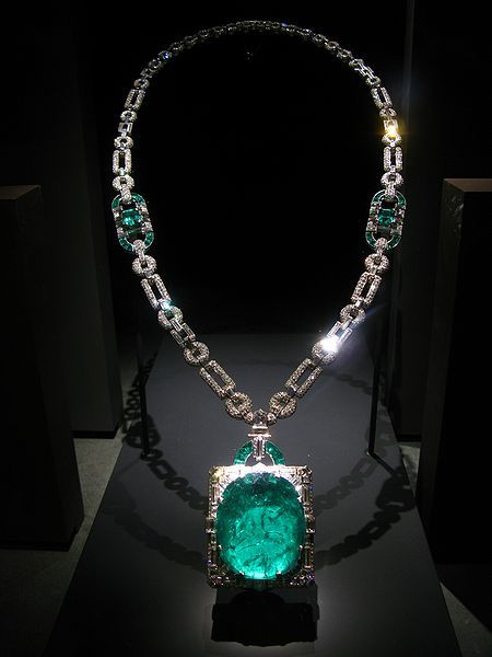 Cartier / Mackay Emerald and Diamond Necklace / 168 carats / Muzo, Colombia. This huge emerald is set in an art deco diamond and platinum pendant designed by Cartier. In 1931, Clarence Mackay gave the necklace as a wedding gift to his wife, Anna Case, a prima donna at the New York Metropolitan Opera from 1909 to 1920 ~ BOUTIQUE CHIC ~