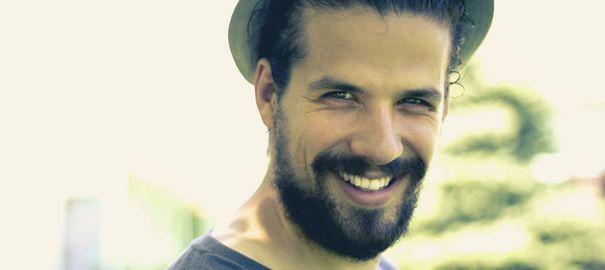 Comment bien tailler sa barbe aux ciseaux?