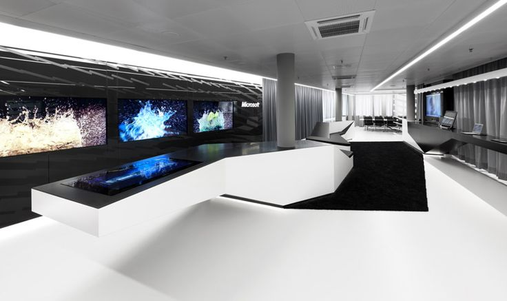 Microsoft Briefing Center by Coast Office ArchitectureCenter, Offices Buildings, Offices Architecture, White Offices Decor, Coast Offices, Interiors Design, Black White, Coastoff Architecture, Microsoft
