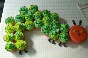 omg amazing hungry caterpillar cupcake cake!!