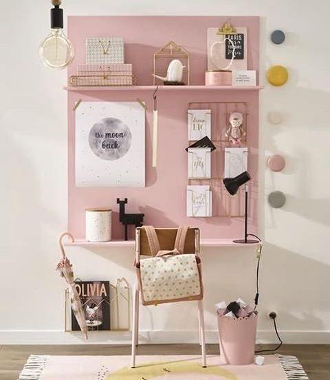 "136 Gostos, 3 Comentários - mommodesign - Play Your Design (@mommodesign) no Instagram: ""One more desk for a girl credit: milkmagazine.net #kids #kidsroom #desk #kidsdesk #diy #pink…"""