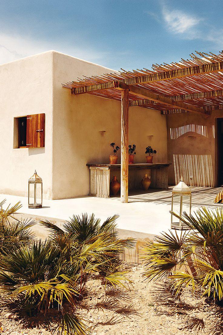El diseño del jardín apenas ha alterado la fisonomía del campo. Formentera