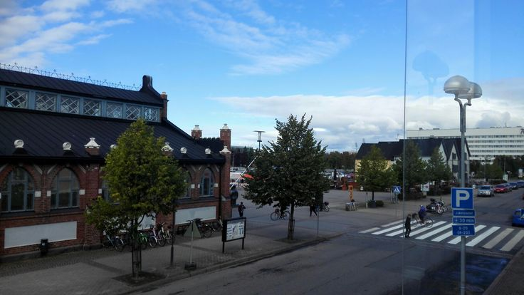 This is the view from our newest furnished apartment available for short term accommodation in Oulu Finland. You can see Bobby at the marketplace guarding all the huzzle and puzzle of th market place #hoteloulu #oulu #short-termstay