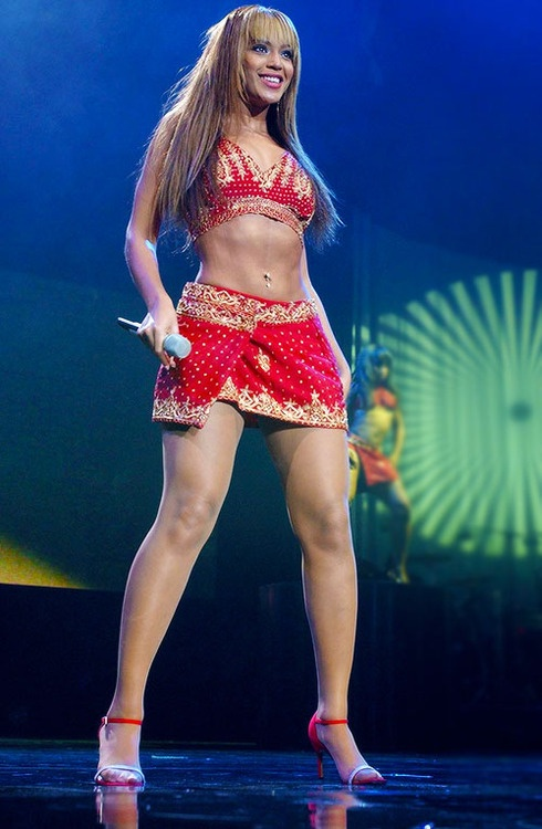 Beyonce Dangerously in Love Tour