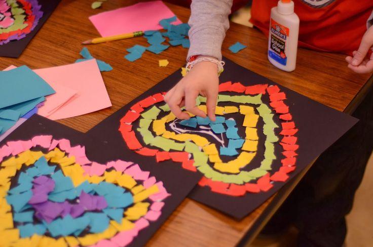 Kindergarten craft: heart mosaic