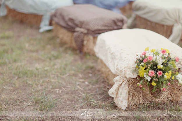 I love several of these. The lace curtain backdrop for photo booth, the lace or soft TABLE CLOTHS over hay bales for seating. You could use them for the ceremony then line the reception area with them. They're light enough to move easily :) 32 Totally Ingenious Ideas For An Outdoor Wedding - BuzzFeed Mobile