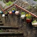 Decoracion reciclando viejas teteras