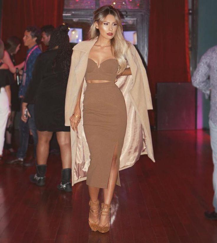 """Tonight's #ootd Coat @missguided Two piece @houseofcb Shoes @lolashoetique @ipsy #generationbeauty"":"