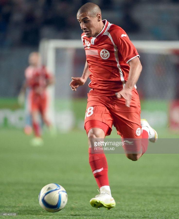 tunisian-striker-wahbi-khazri-runs-after-the-ball-during-a-friendly-picture-id461405102 (839×1024)