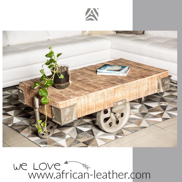 Tapete decorativo African-Leather Ref Daka Gris. Este es uno de los muchos diseños que te damos para que tu puedas personalizarlos. Juega con los colores, diseños y tamaños y crea con nosotros lo que imaginas. African Leather Tapetes. Medellín Colombia. Cowhide rugs. Tapes de cuero en pelo. Cowhide Patchwork Rugs