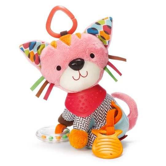 Baby toys from Skip Hop are perfect for the busy Mum or Dad, on the go. These adorable Bandana Buddies keep little hands active and engaged with their textures, sounds, patterns and colours. Cutely designed like a sweet Kitty, this baby toy is perfect for playing with at home and when you're out and about.