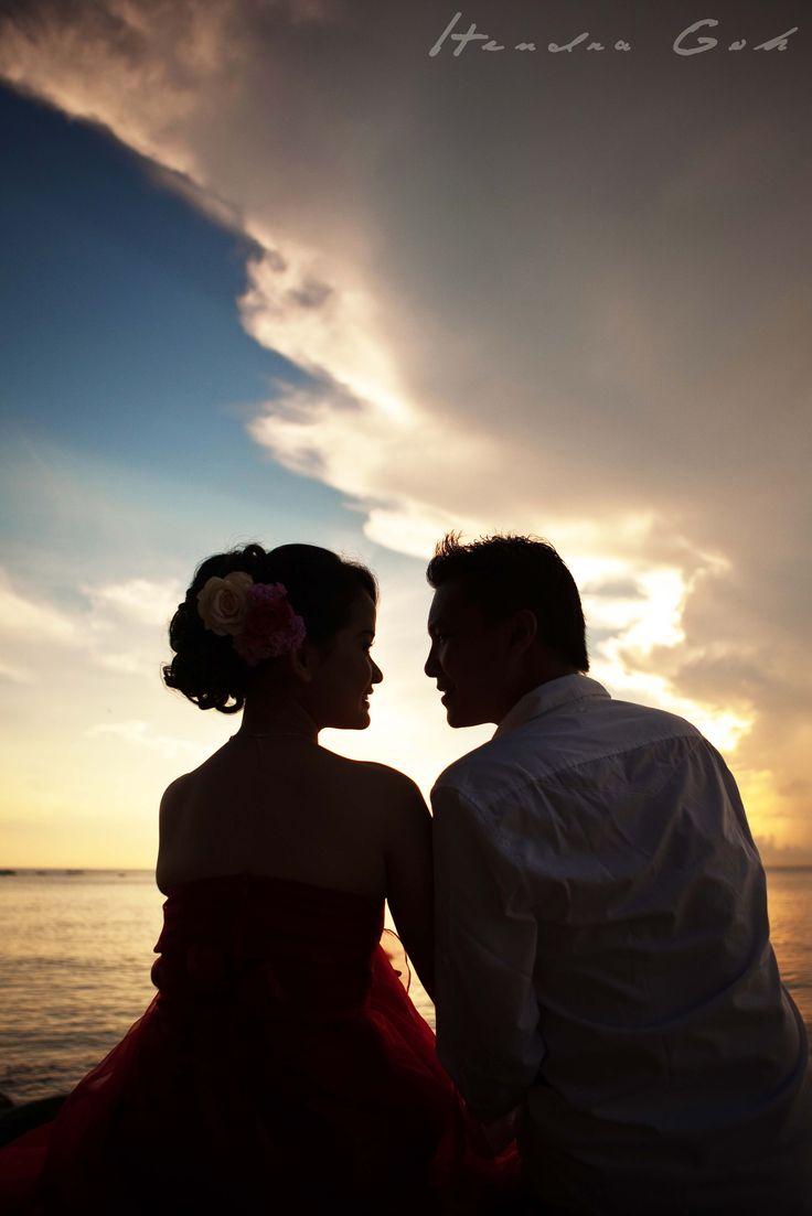Sweet couple :) Prewedding and Wedding Photoshoot by Hendra Goh contact us for photoshoot : katarinadyta@gmail.com