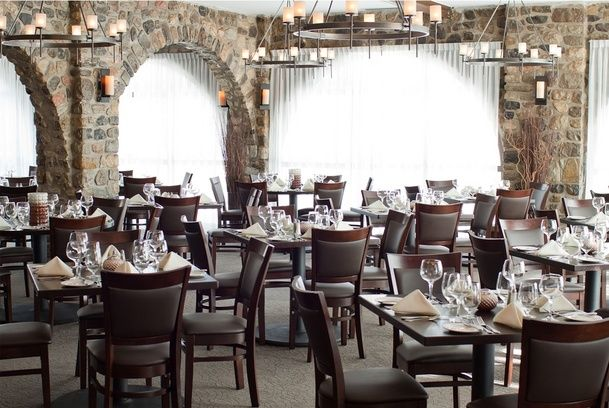 Monterey Hotel (The Pine Tavern): In Ottawa, blends a tranquil, relaxing setting with resort-style amenities and signature service that will exceed your every expectation.