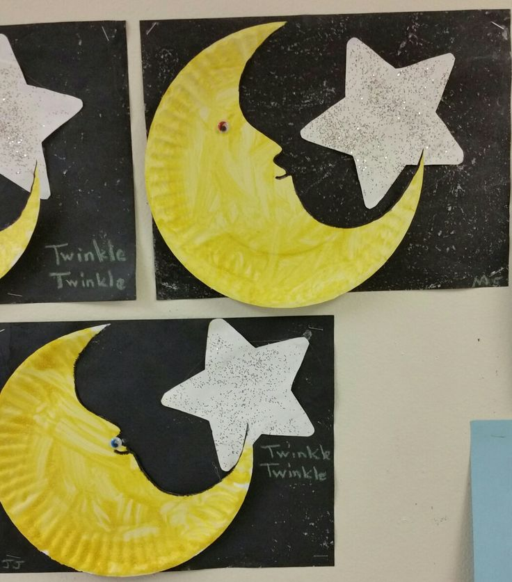 Easy preschool craft. We used water & epsom salt for the sky. White paint & silver glitter for the star. Yellow paint and table salt for or moon. Add a little smile and googley eye and voila , twinkle twinkle little star. Nursery rhyme crafts from the Firefly class.
