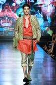 Denny Wirawan - Jakarta Fashion Week - Womenswear - Autumn Winter 2012 - 2013 - Desfiles (17 Fotos) - FashionMag.com España