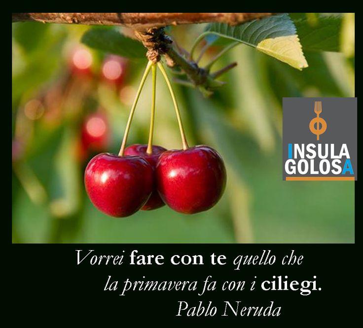 Nella mitologia #greca era la pianta sacra dedicata #Venere. Una credenza popolare vuole che I suoi frutti portino fortuna agli #innamorati.