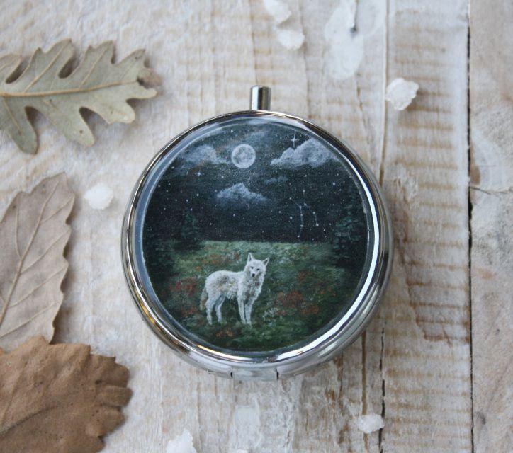 White Wolf Pocket Locket