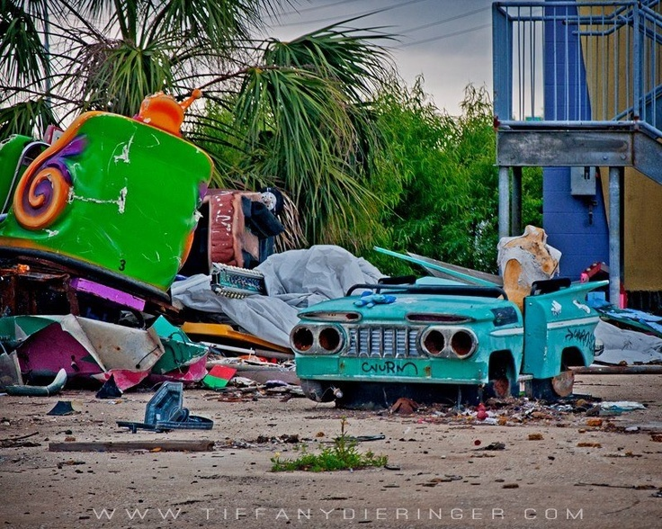 Best Abandoned Places Images On Pinterest Abandoned Places - 10 years hurricane katrina six flags theme park new orleans still lies abandoned 10 years