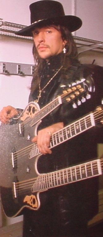 Richie Sambora - Arguably the best guitarist of all time. Love that triple neck guitar! ♥️
