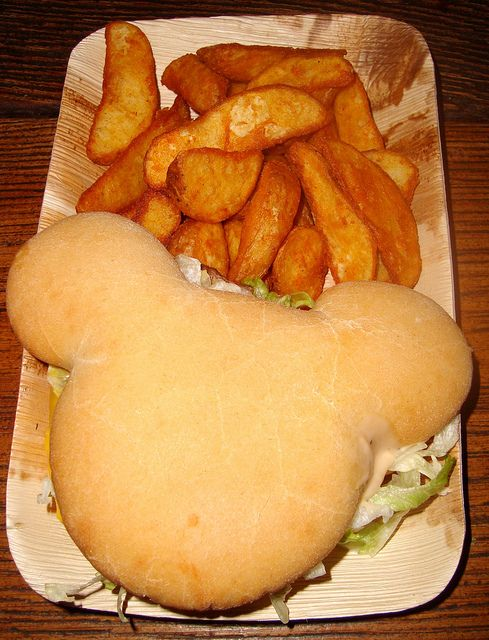 Mickey-shaped hamburger and potato wedges at Cowboy Cookout Barbecue, Frontierland, Disneyland Resort Paris.