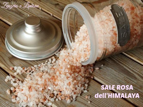 SALE ROSA dell'HIMALAYA - è totalmente naturale. Un sale purissimo, cristallino, pregiato e, soprattutto, non raffinato cioè non trattato chimicamente. Esso  viene estratto dalle pendici dell'omonima catena montuosa ed è ricchissimo di microelementi (per la precisione 84 sali minerali e oligoelementi). Ha cristalli che presentano sfumature tra il bianco e il rosa. Esso viene essiccato al sole!!! È sicuramente uno dei sali più puri che ci siano