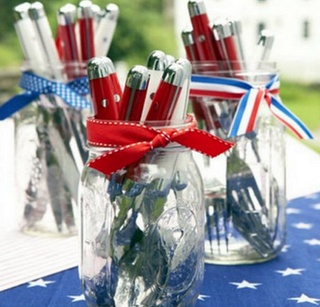 jars and ribbon make for some simple yet cute cutlery presentation.