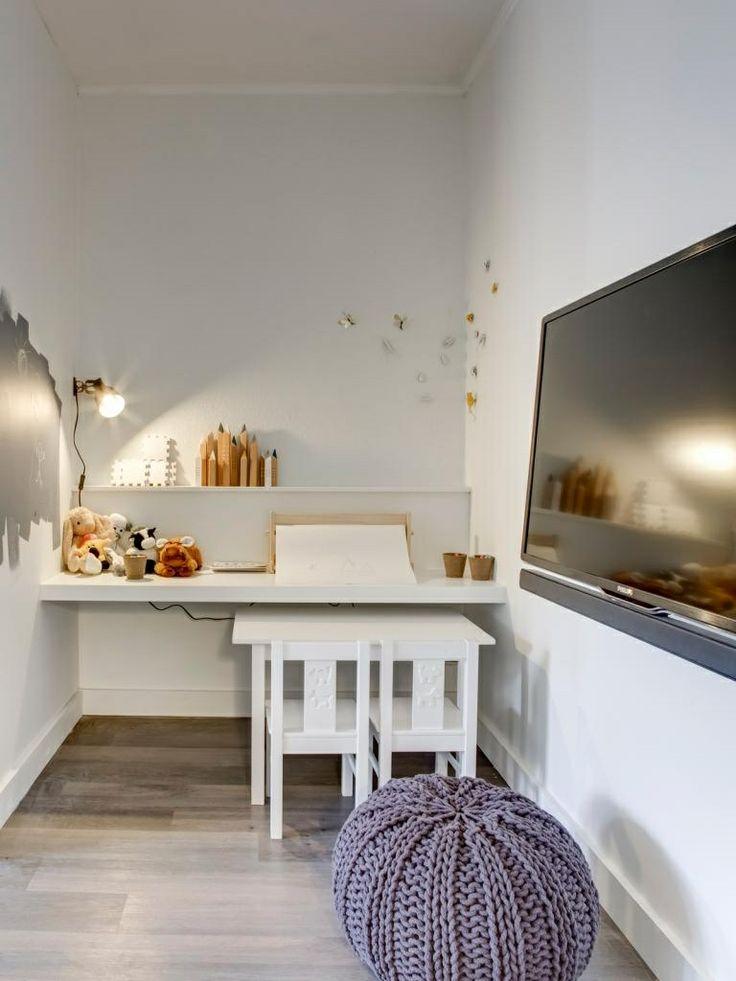 24 best images about klant slaapkamer ouders kinderkamer en overloop grijs wit landelijk strak - Kinderkamer taupe ...