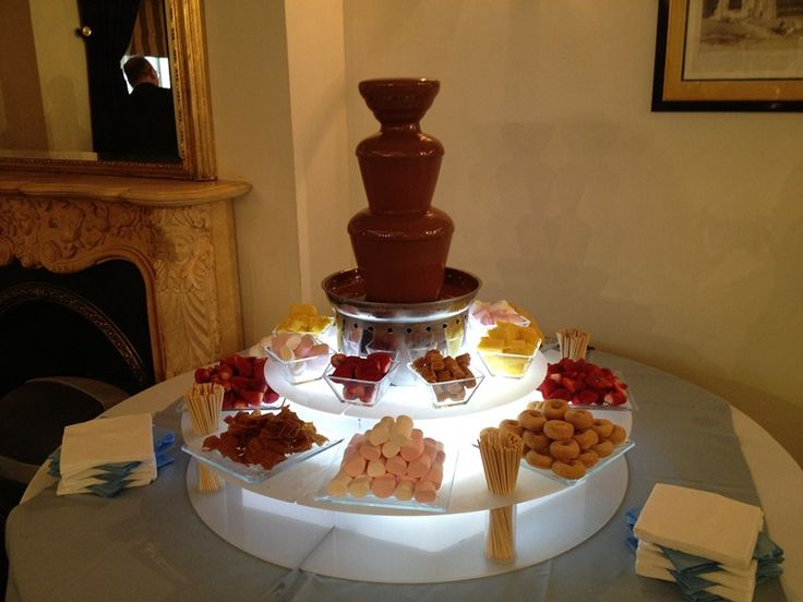 wedding with a chocolate fountain | Chocolate Fountain Hire