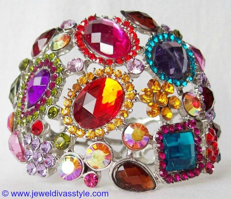 JDS - SILVER MULTI COLOURED CRYSTAL BANGLE - http://jeweldivasstyle.com/my-personal-collection-silver-multi-jewellery-10/