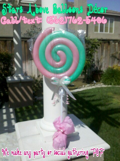 Lollipop balloon centerpieces