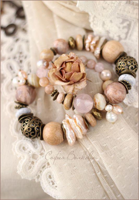 """Купить Браслет """"Бисквит из жемчуга"""" - браслет, комплект браслетов, браслеты из камней, браслет на резинке"""