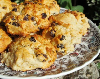 An Old Biscuit Tin, Random Bakes of Kindness and Tea~Time Rock Cakes